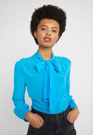 COURTNEY BOW BLOUSE - Button-down blouse - azure pool