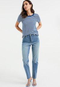 WE Fashion - Print T-shirt - cobalt blue - 1