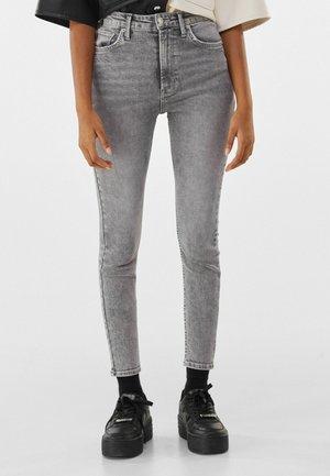 SUPER HIGH WAIST - Jean slim - grey