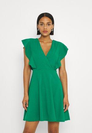 LAUREN FRILL SLEEVE SKATER DRESS - Sukienka z dżerseju - leaf green