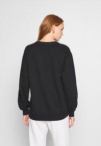Abercrombie & Fitch - ITALICS SEAMED LOGO CREW - Sweatshirt - black - 2