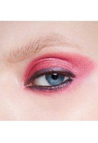 MAC - EYE SHADOW - Eye shadow - cherry topped - 3