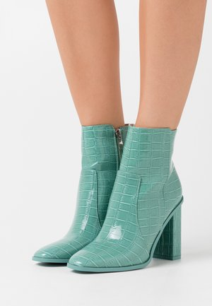 CINDY  - Ankelboots med høye hæler - turquoise