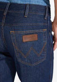 Wrangler - TEXAS - Straight leg jeans - blue denim