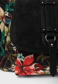Desigual - Across body bag - black - 5