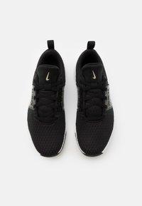 Nike Performance - RENEW IN SEASON TR 10 PRM - Obuwie treningowe - black/metallic gold grain/white - 3