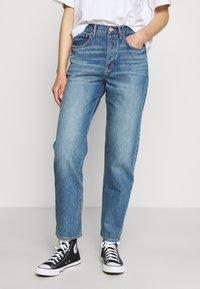 American Eagle - 90'S BOYFRIEND - Relaxed fit jeans - blue denim - 0