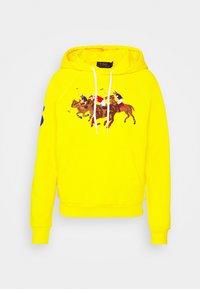 SEASONAL - Hoodie - university yellow