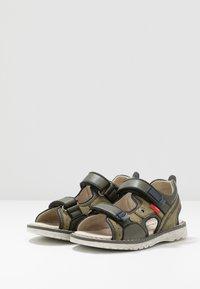 Kickers - PEPPER - Walking sandals - kaki/marine - 3
