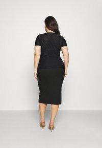 Even&Odd Curvy - Stickerei Basic T-shirt - Jednoduché triko - black - 2