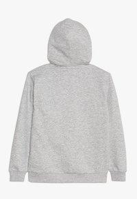 Fila - CLASSIC LOGO HOODY - Luvtröja - light grey melange - 1