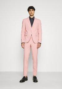 Lindbergh - PLAIN SUIT  - Puku - soft pink - 0