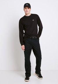 Vans - LEFT CHEST HIT - Long sleeved top - black/white - 1