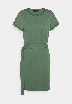 BASIC - Short sleeves mini belted dress - Žerzejové šaty - khaki