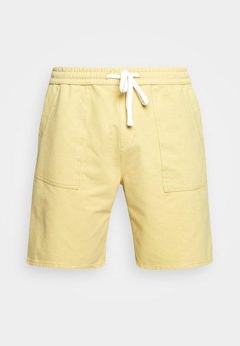 DRAWSTRING - Shorts - sand