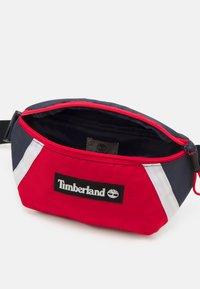 Timberland - BUM BAG - Taška spříčným popruhem - orange - 2