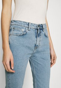 ARKET - CROPPED OFFICE WASH - Jeans Skinny Fit - office wash - 3
