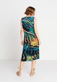 Ivko - TROPICAL MOTIF - Denní šaty - amazonas - 1