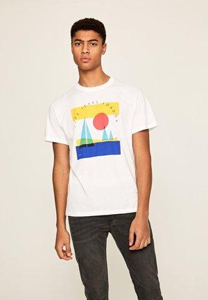 MONTANA - Print T-shirt - optic weiss