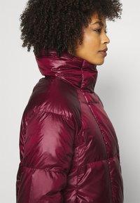 NAF NAF - BONUS - Down jacket - raisin - 5