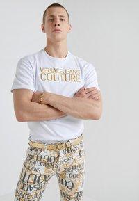 Versace Jeans Couture - Riem - gold - 1