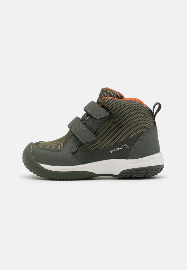 UNISEX - Hiking shoes - green