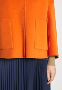 WEEKEND MaxMara - SELVA - Summer jacket - orange - 5