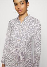Banana Republic - FRONT MIDI SHIRTDRESS PRINT - Shirt dress - offwhite - 4