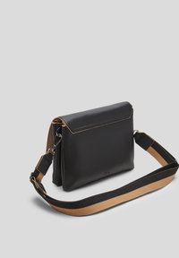 s.Oliver - SAC - Across body bag - black - 1
