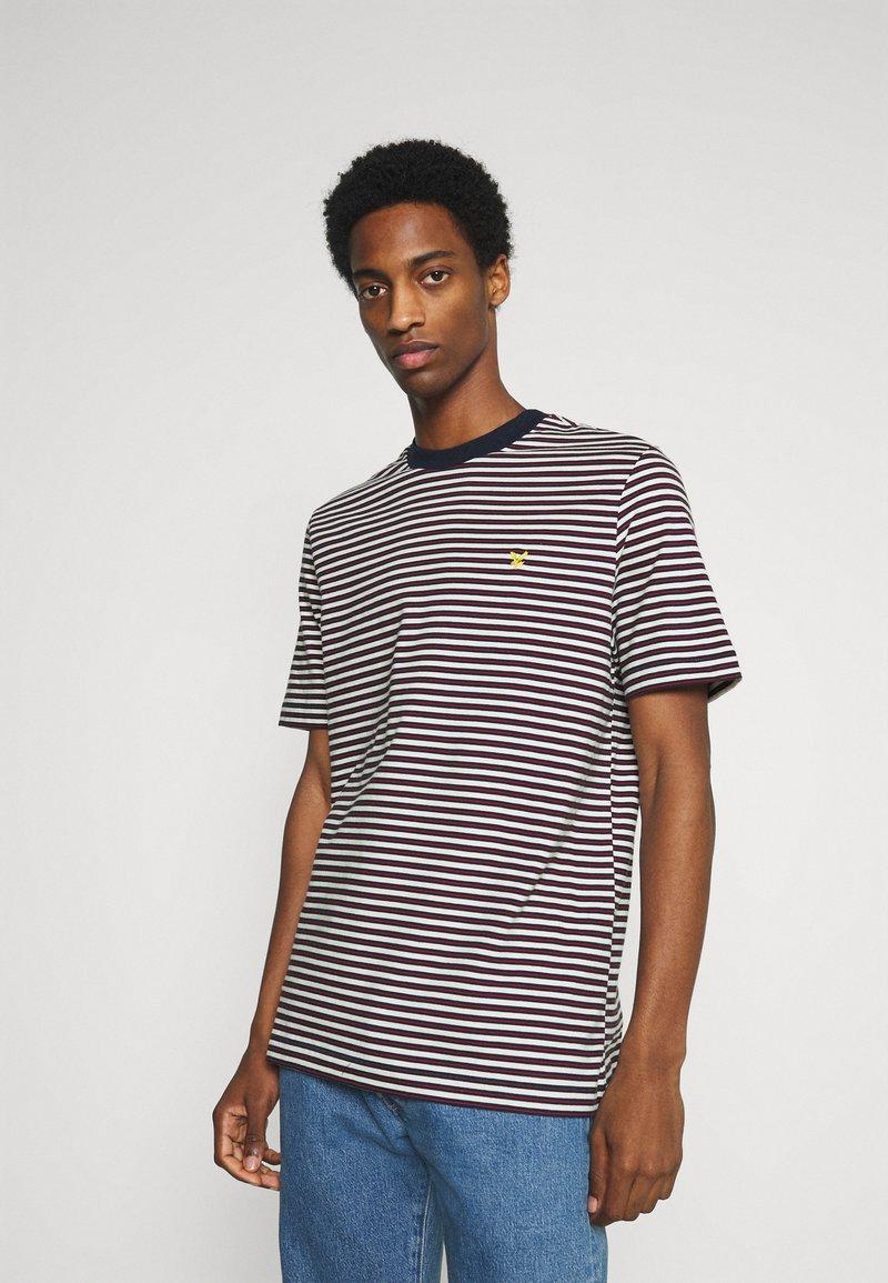 Lyle & Scott - ARCHIVE STRIPE RELAXED FIT - Print T-shirt - dark navy