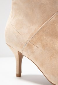 Shoe The Bear - VALENTINE  - Ankle boots - nude - 2