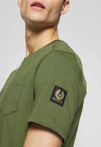 Belstaff - THOM - T-Shirt basic - olivine - 5