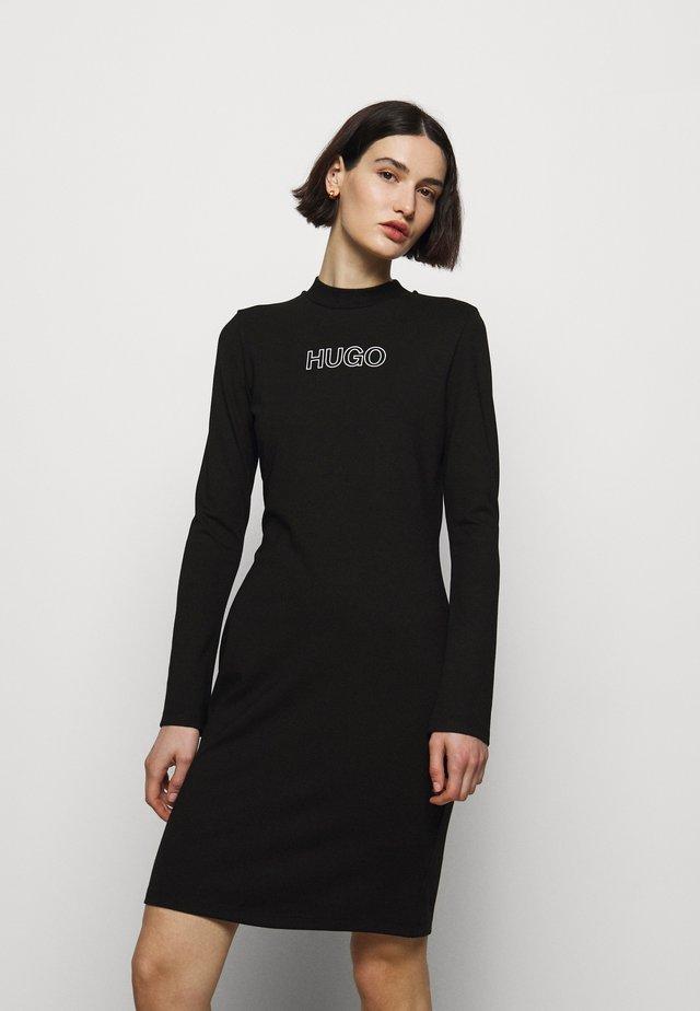 DASSY - Žerzejové šaty - black