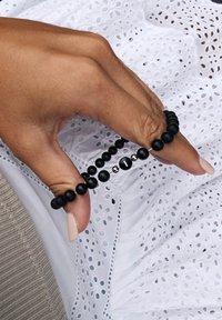 GOOD.designs - Armband - schwarz - 1