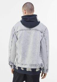 Bershka - Veste en jean - grey - 2