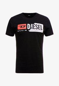 Diesel - DIEGO CUTY - Print T-shirt - black - 4