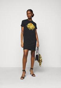 Versace Jeans Couture - LADY DRESS - Jerseyjurk - black - 1