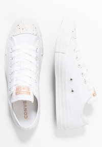 Converse - CHUCK TAYLOR ALL STAR - Trainers - white/blush gold - 3