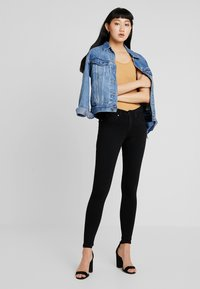 Gina Tricot - BONNIE - Jeans Skinny Fit - black - 1