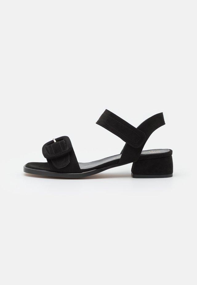 JANET - Sandaler - black