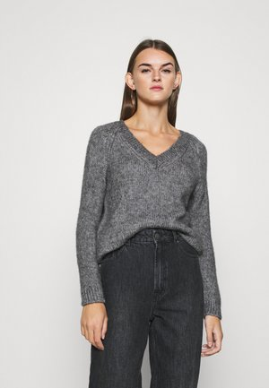 ONLBENIN V NECK - Jumper - medium grey