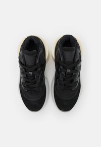 MM6 Maison Margiela - Baskets basses - black - 4