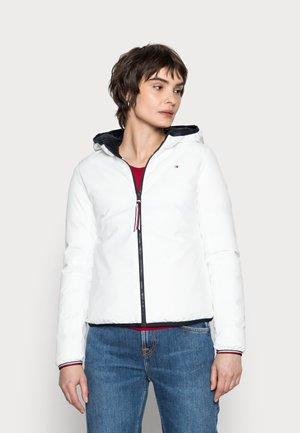 REVERSIBLE PADDED JACKET - Winter jacket - white