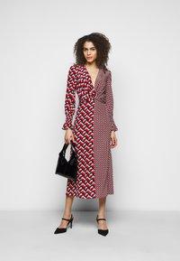 Diane von Furstenberg - MICHELLE DRESS - Vapaa-ajan mekko - red - 1