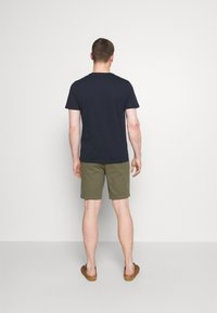 Selected Homme - SLHFATE CAMP O NECK TEE - T-shirt con stampa - sky captain - 2