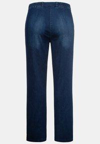 Ulla Popken - Straight leg jeans - blue denim - 3