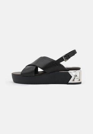 K-BLOK WEDGE KROSS STRAP SLING - Sandály na platformě - black
