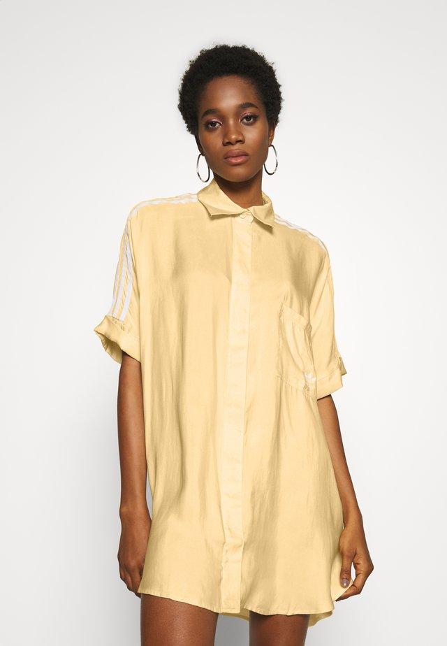 DRESS - Skjortekjole - easy yellow