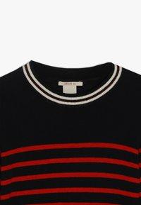Scotch & Soda - DRESS IN YARN DYED STRIPE - Jumper dress - red/black - 4