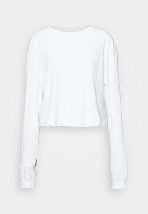 ALLY BOXY LONG SLEEVE - Maglietta a manica lunga - white